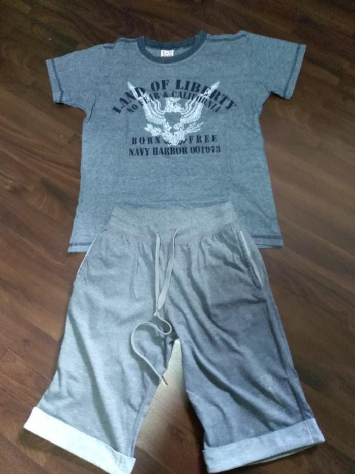 Paket dobro očuvane garderobe za dečaka. Veličina 10.. Photo 3