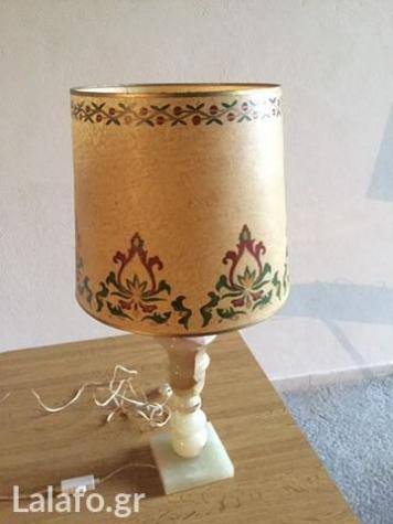 Λάμπα αλαβάστρινη με ζωγραφισμένο αμπαζούρ