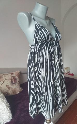 Zebrasta haljina H&M