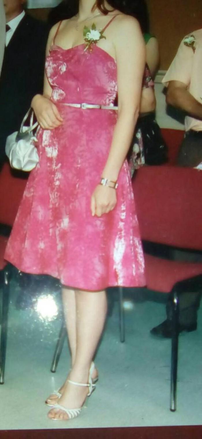 Haljine - Beograd: Elegantna roze haljina pogodna za svečane prilike, marke-orsay obučena samo 1