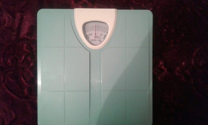 Продаю весы за 500 сом. Звонить по телефону в Бишкек