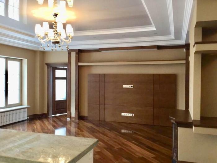Продается квартира: 4 комнаты, 250 кв. м., Бишкек. Photo 7