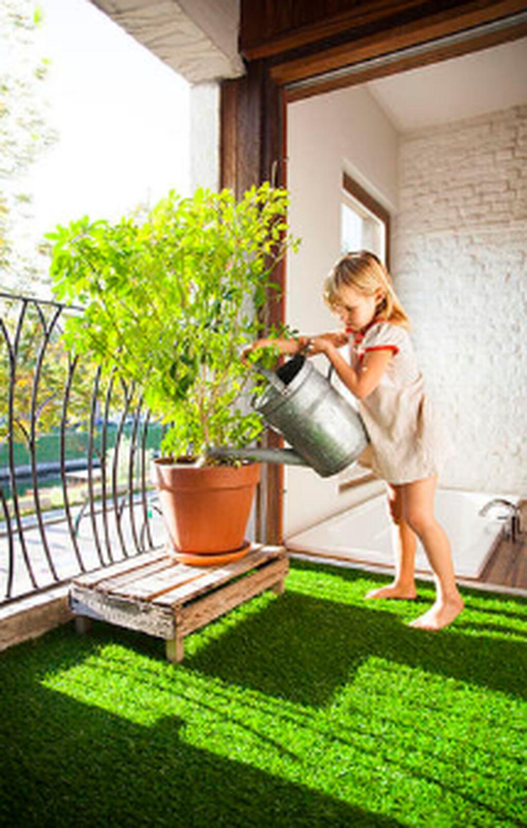 Искусственный газон для футбольных и детских площадок по выгодным ценам