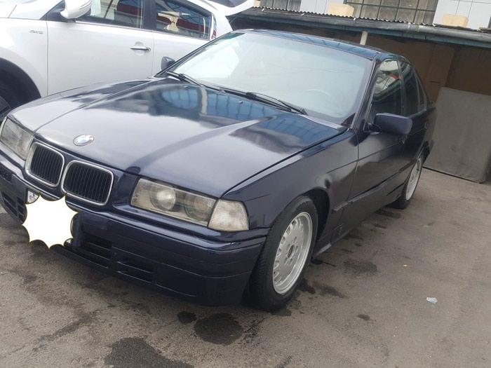 BMW 316 1992. Photo 3