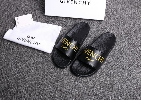 GIVENCHY ΣΑΓΙΟΝΑΡΕΣ(collection 2017).To προϊόν. Photo 3