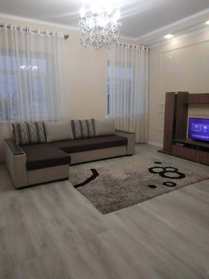 Продается квартира: 2 комнаты, 68 кв. м., Бишкек. Photo 3