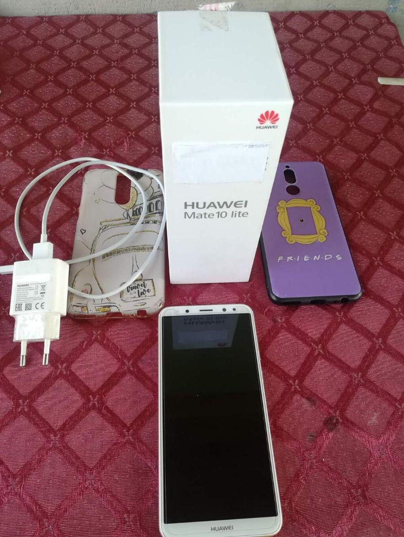 Prodajem Huawei Mate10 Lite, telefon je koriscen, ali jako ocuvan, bez ogrebotine, zastitno staklo i maska su uvek korisceni