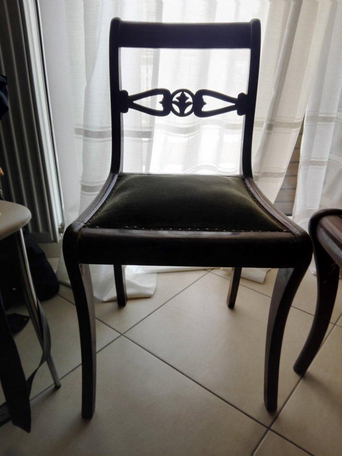 4 καρέκλες ξύλινες τραπεζαρίας παλιές. Photo 1