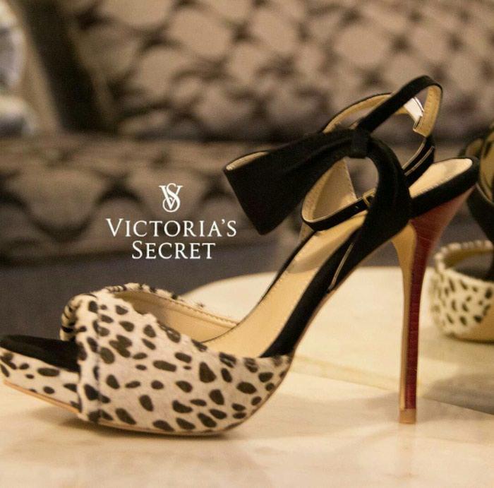 e5a52e9d8c217 Босоножки Victoria's Secret за 1499 KGS в Бишкеке: Женские туфли на ...