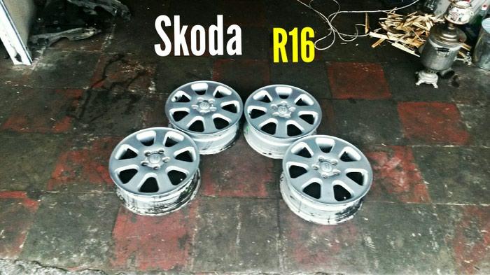 Şkoda R16 5 Bolt Disklər. Photo 0