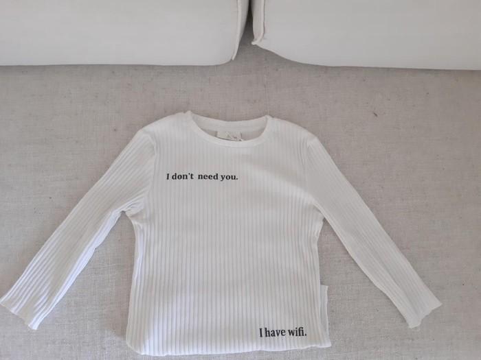Καινούργια μακρυμάνικη μπλούζα. Photo 0
