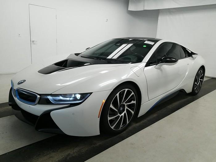 BMW i8 . Photo 0