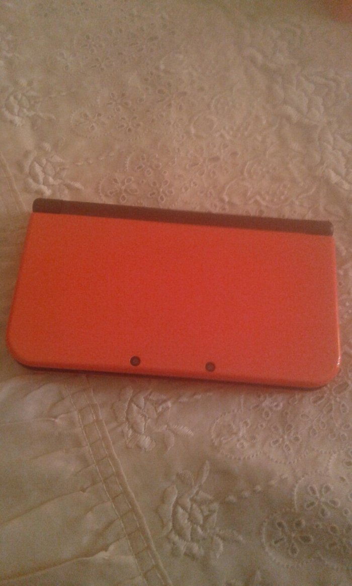 Nitendo 3DS LX NEW ολοκαίνουριο στο κουτί του με πένα και 4 κάσετες Su. Photo 1