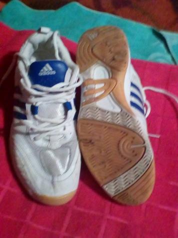 Adidas patike broj 40,ko nove - Beograd