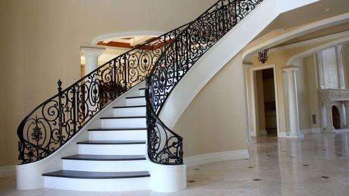 Винтовые лестницы бетонные любой дизайн. Photo 1