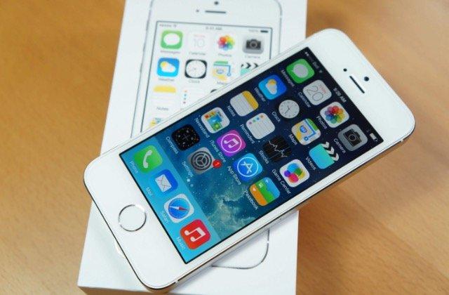 Bakı şəhərində Tecili İphone 5s satılır !!! heç bir problemi yoxdur.. zakaznan gelen