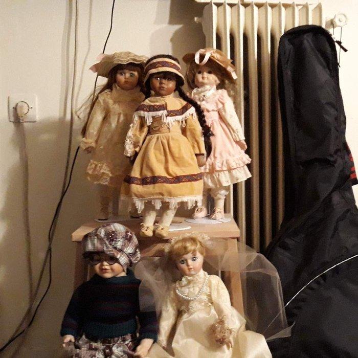 Πορσελάνινες Βιεννέζικες κούκλες. . Photo 0