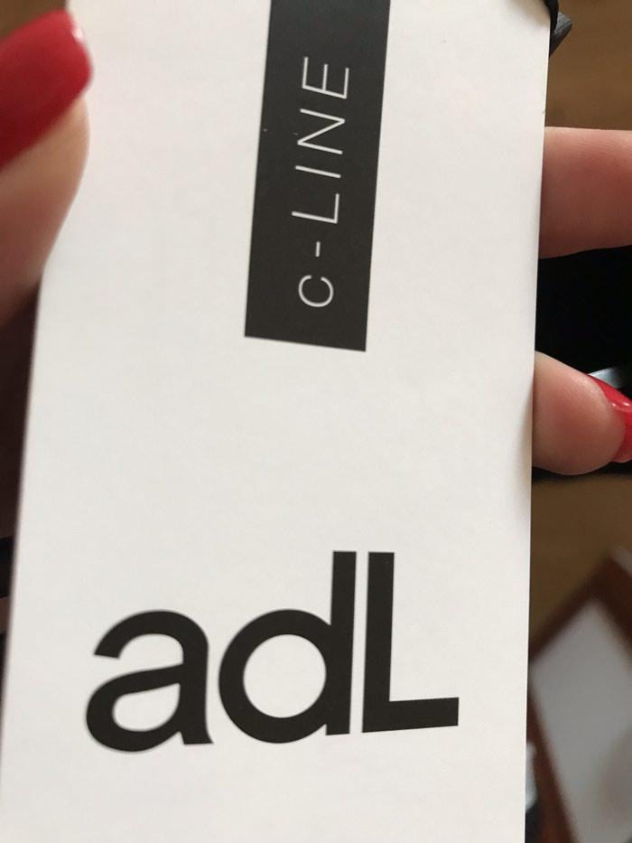 Adl don. Yenidir 199 azn alinib. 38-40 razmer. Etiket uzerinde. Photo 1