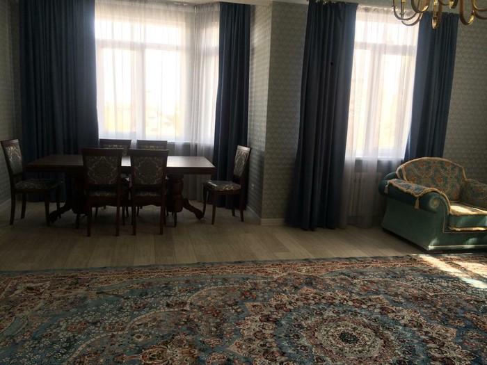 Сдается квартира: 3 комнаты, 140 кв. м., Бишкек. Photo 4
