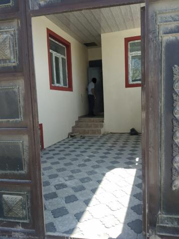 Satış Evlər vasitəçidən: 70 kv. m., 3 otaqlı. Photo 1