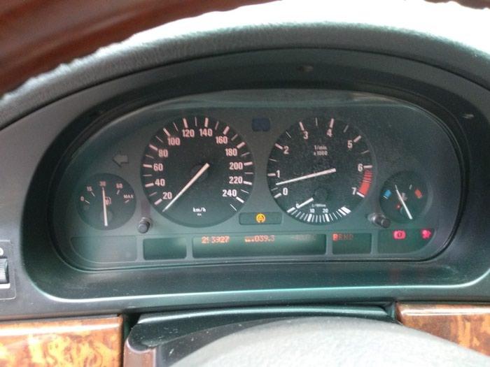BMW 528 1998. Photo 4