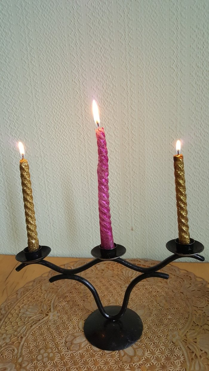 Подсвечник на 3 свечи металлический советский. антиквариат. Photo 0