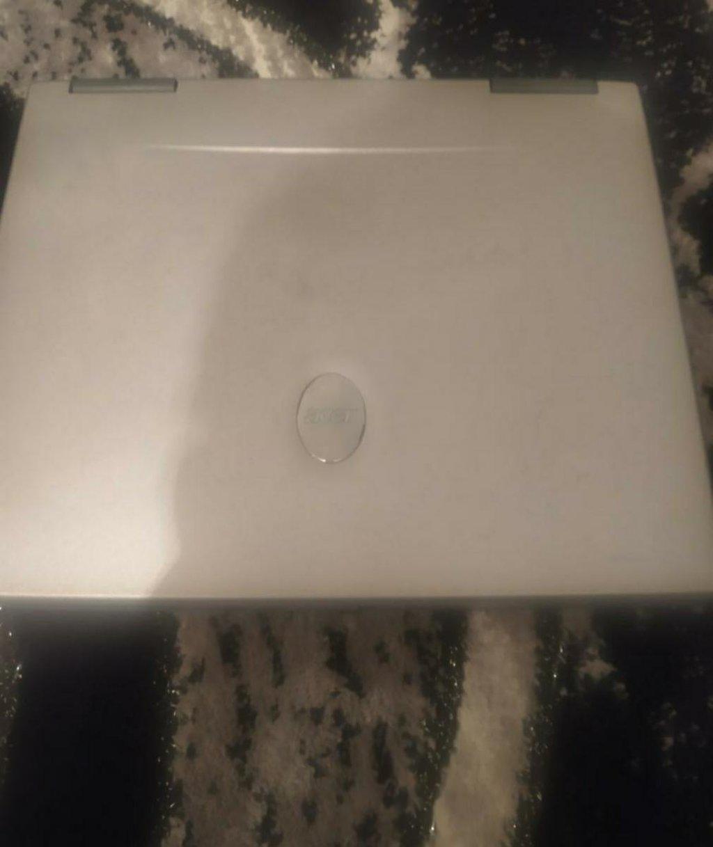 Laptop Acer travelmate 270 radi