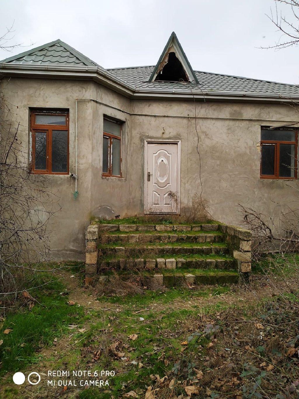 Satış Evlər mülkiyyətçidən: 140 kv. m, 3 otaqlı