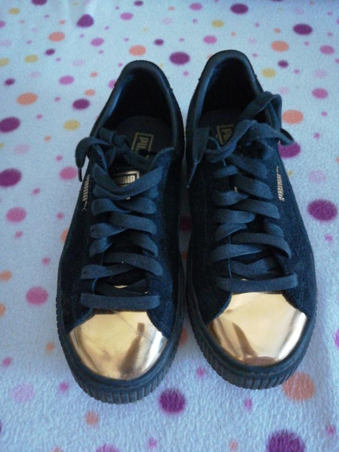 Ženska patike i atletske cipele - Kula: Puma zenske patike br 38, nosene par puta, meni su na zalost male, placene 7990,00