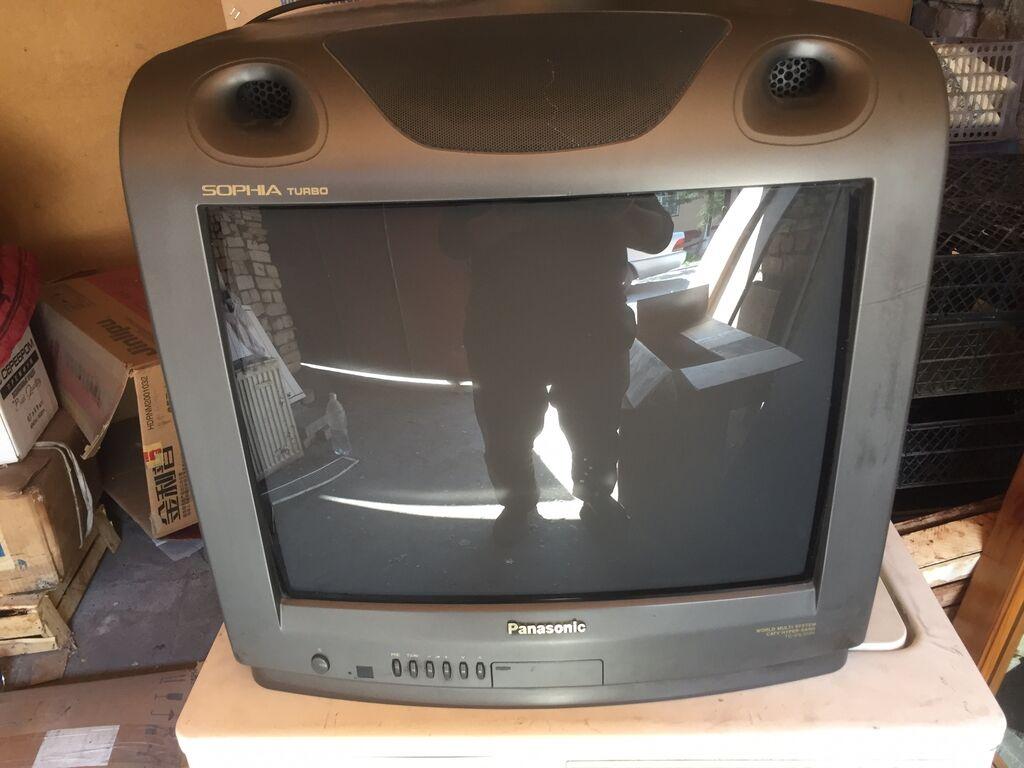 Телевизор Panasonic в отличном состоянии. Сборка Малайзия. Диагональ: Телевизор  Panasonic в отличном состоянии. Сборка Малайзия. Диагональ