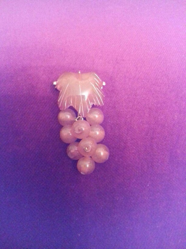 Σοβιετική καρφίτσα από κεχριμπάρι. Photo 0