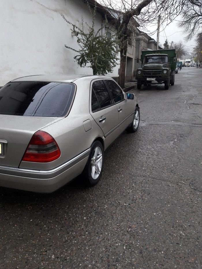 Mercedes-Benz C 180 1995. Photo 3