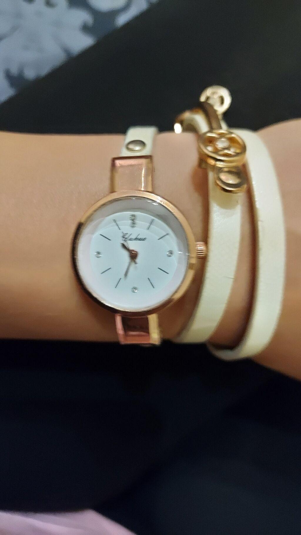 Διάφορα ρολόγια,καινούρια. 9 ευρώ το ένα ή 25 και τα τρία