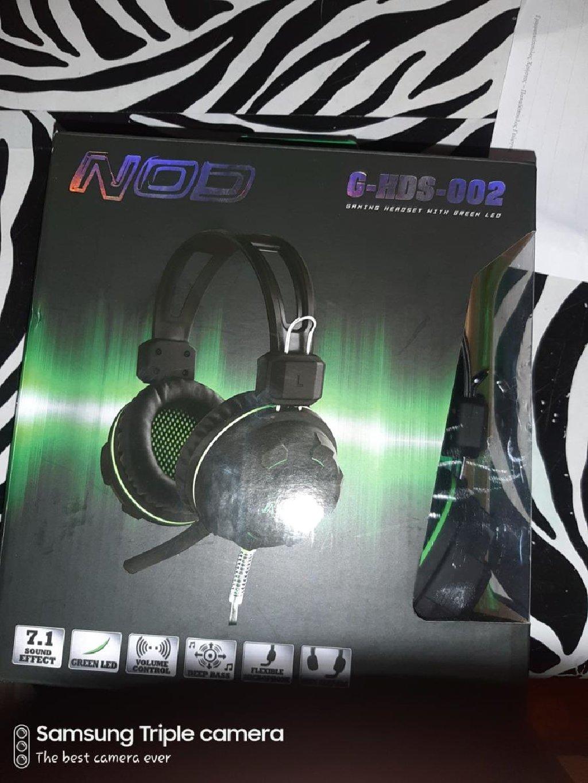 Ακουστικά gaming για υπολογιστή έχουν φωτα και έχουν και καλό ήχο
