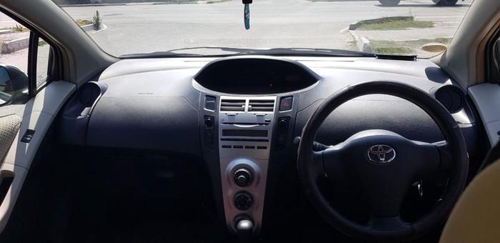 Toyota Vitz 2007. Photo 3