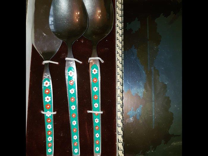 Набор ложек с лопаткой для кондитерских изделий. новый. в Бишкек