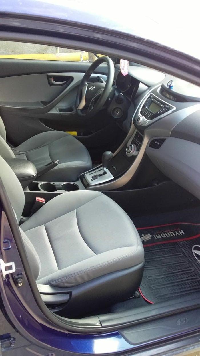 Hyundai Elantra 2011. Photo 0