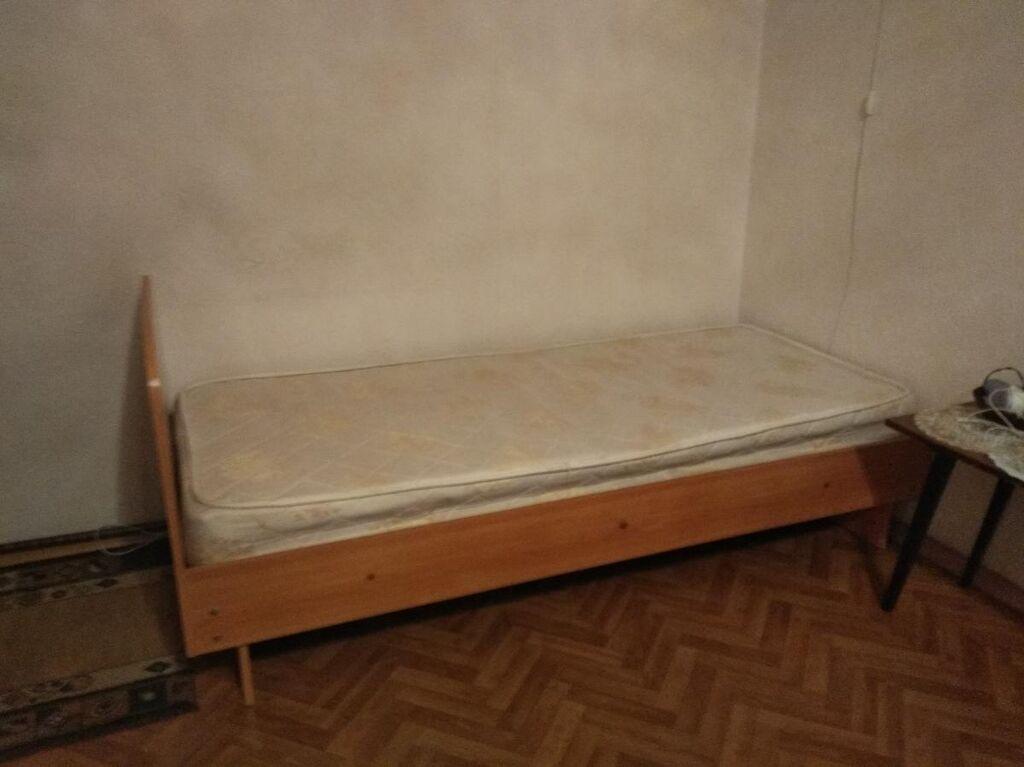Кровать односпалка с матрасом