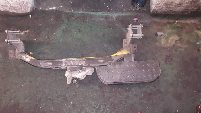 Κοτσαδορος σκαλοπάτι για Mercedes sprinter. Photo 0