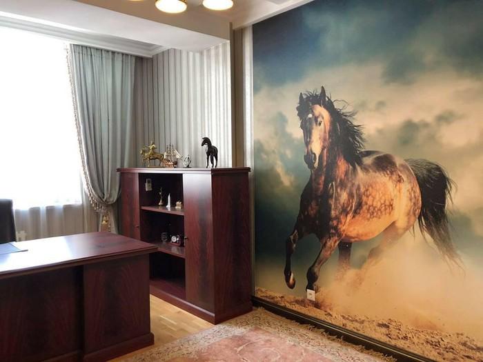 Продается квартира: 4 комнаты, 230 кв. м., Бишкек. Photo 0