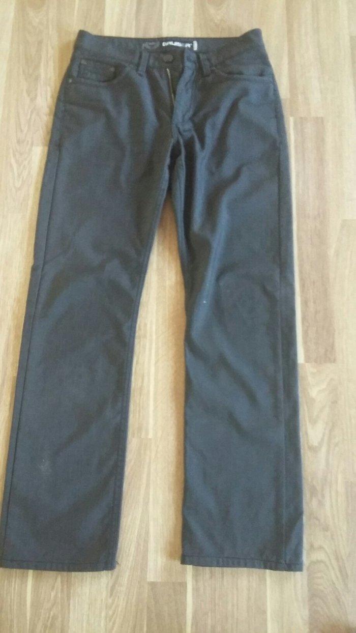 мужские брюки-джинсы с ворсом б/у,размер 28-30 (маломерки) в Бишкек
