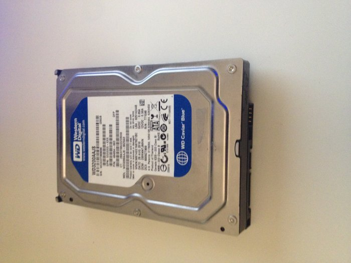Western digital 320 gb HDD SATA.. Photo 0