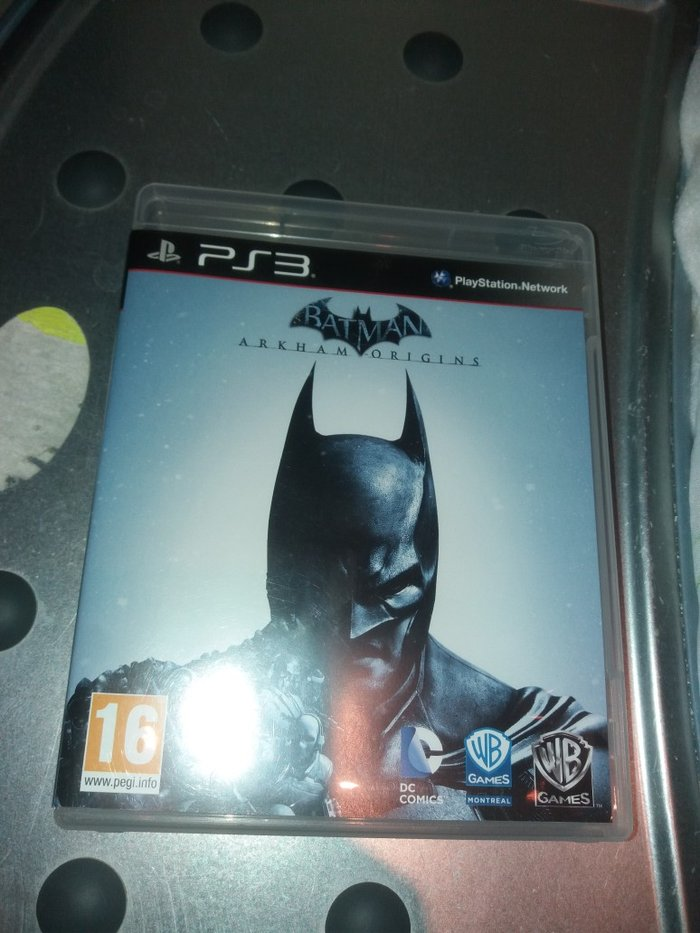 Batman ARKHAM ORIGINS PS3. Photo 1