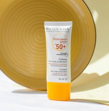 Protect skin subject to hyper-pigmentation