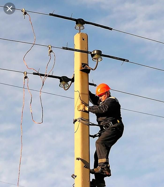 Электрик | Установка люстр, бра, светильников, Прокладка, замена кабеля | Стаж Больше 6 лет опыта: Электрик | Установка люстр, бра, светильников, Прокладка, замена кабеля | Стаж Больше 6 лет опыта