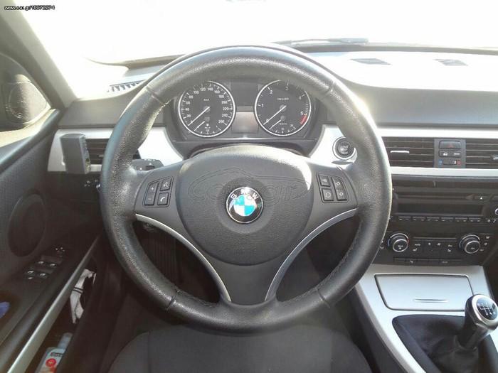 BMW 320 2011. Photo 3
