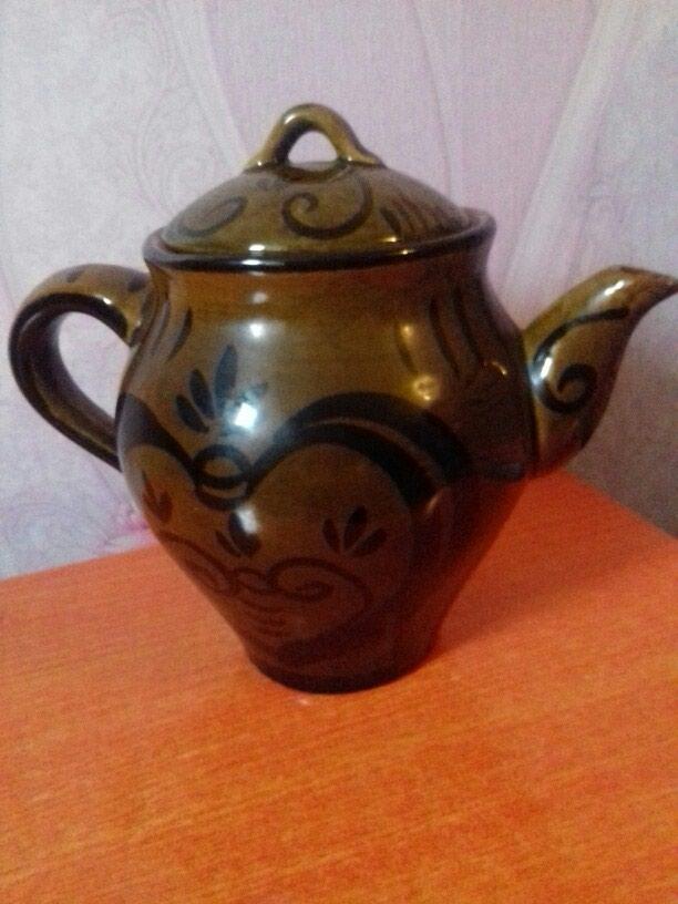 Красивый керамический чайник. Советская. в Душанбе
