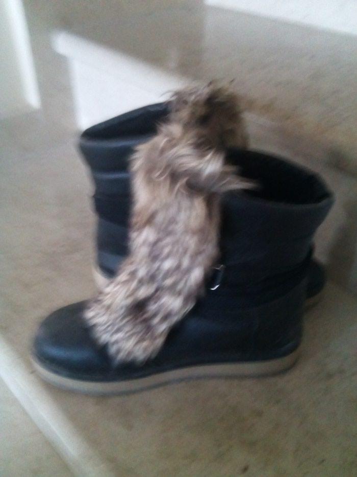 Μποτάκια μαύρα no 37 με αποσπώμενη γούνα!!. Photo 2