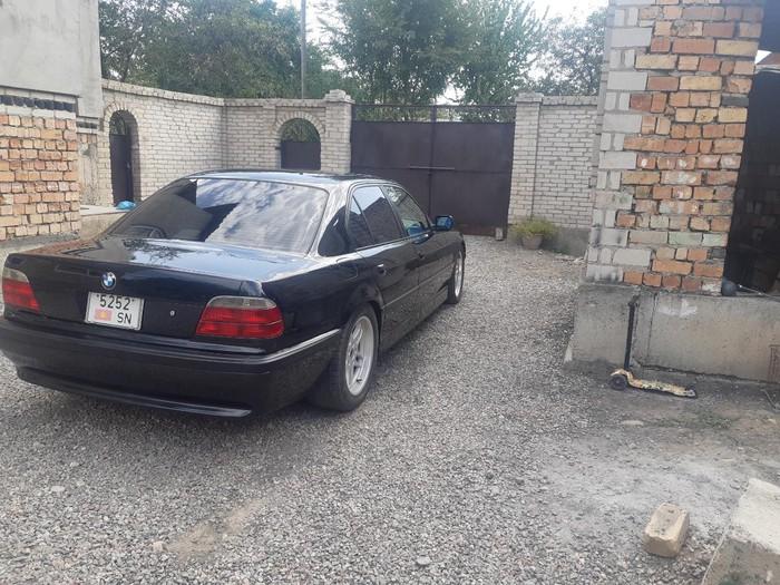 BMW 740 2000. Photo 3