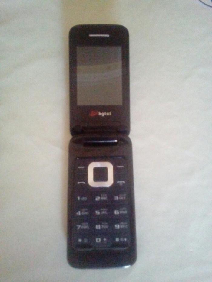 Kgtel Telfon 1Ayin Telofonudu iwlekdi. Sonu 20 manatdi. Photo 0